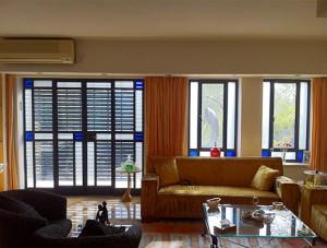 חלונות אלומיניום פרופיל בלגי בשילוב תריס אור